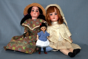 Armand Marseilles and Simon and Halbig Mignonette--late 19thc.-early 20thc. Repaired, rebuilt antique dolls by Omnidoll. Photo by Brian Lee